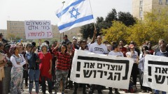 Нетаняху се изметна – отмени сключената преди ден сделка с ООН за мигрантите