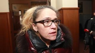 Правят графологичен анализ на тефтерчето на Иванчева