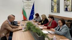 "Грешка било отпадането на помощта ""35 евро на седалка"""