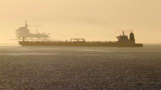 """Иранският танкер """"Грейс 1"""" се пренасочи към Турция"""