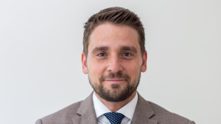 IBM България има нов търговски директор. Досегашният директор Игор Правица