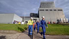 Франция може да затвори една трета от ядрените си реактори