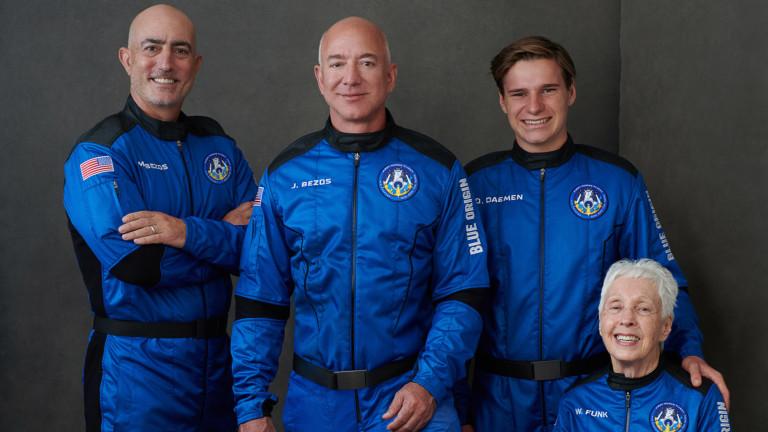 И Джеф Безос полетя в Космоса