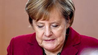 Меркел: Все още има време да преговаряме за Брекзит