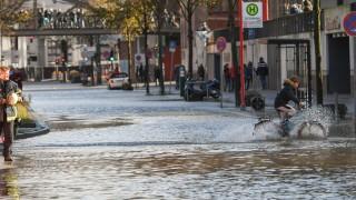 Ураганните бури в Централна Европа взеха 4 жертви