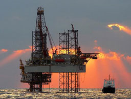 Петролът започва седмицата с ръст