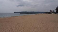 Сметище на плажа в Шкорпиловци