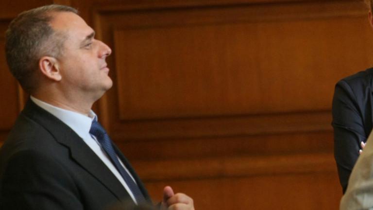 Искрен Веселинов: Сделката с ЧЕЗ още не е на етап за решение от КЕВР