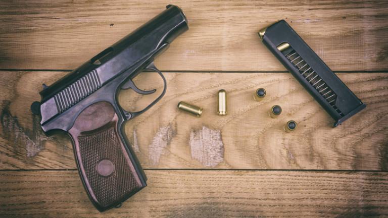 Снимка: Русия се сбогува с легендарния пистолет Макаров и го заменя с нов