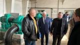 """Премиерът разгледа обновения ТЕЦ """"Република"""" в Перник"""
