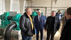 Премиерът разгледа и новите водопроводи в Перник