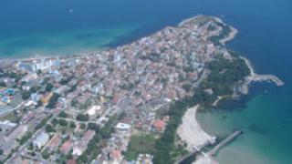 Странно замърсяване се появи на плажа в Приморско