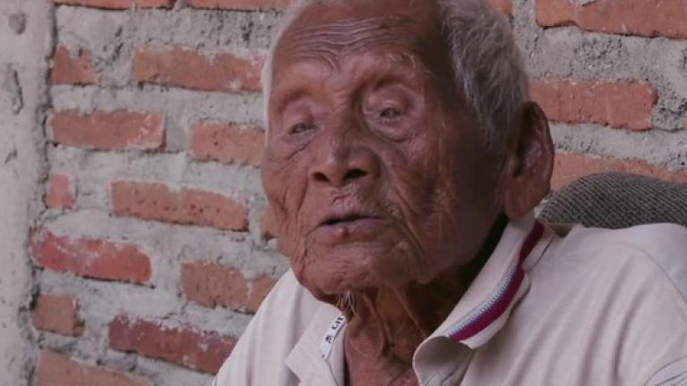 Най-възрастният човек почина на 146 години в Индонезия