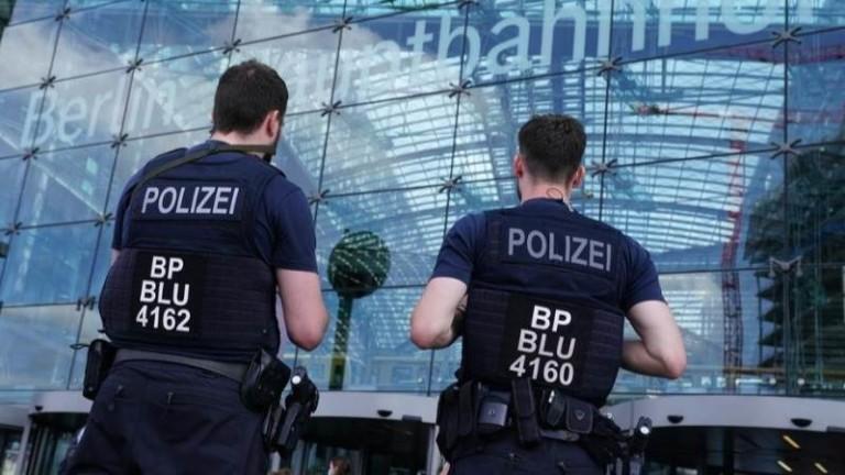 Четирима ранени при стрелба и сбиване на паркинг в Берлин