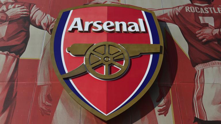 Арсенал подписа със стрийминг компанията на Джей Зи