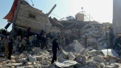 Десетки цивилни убити при въздушни удари в сирийския град Рака