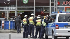 По-добър скрининг на мигрантите, препоръчва доклад за атаките в Кьолн