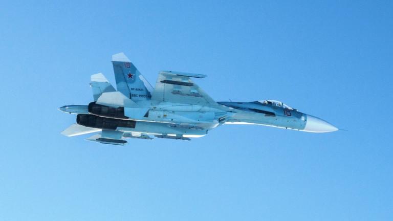 Русия вдигна Су-27 срещу изтребители на НАТО