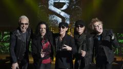 Scorpions пристигат с барабаниста на Motörhead Мики Дий