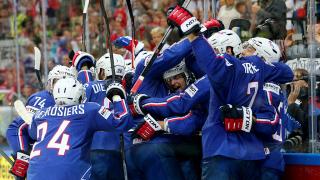 Франция хвърли бомбата на Световното първенство по хокей на лед