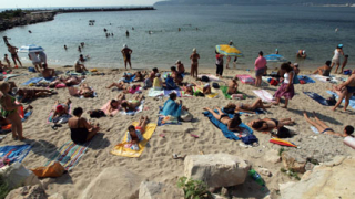 Джебчии атакуваха чужди туристи по морето