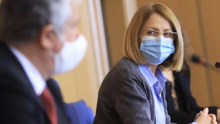 """В София: """"зелен коридор"""" за гражданите над 65 г.,  децата в моловете само с придружител"""