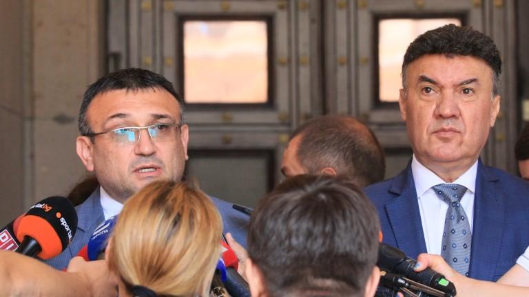 Вътрешният министър свиква среща с елитните ни футболни съдии