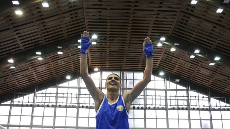 Севда Асенова донесе първия медал за България от Европейското по бокс