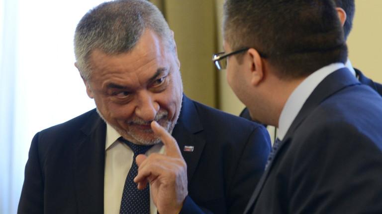 НСО казали на Симеонов да не човърка около охраната на Доган