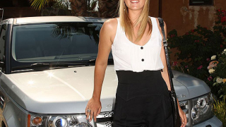 Мария Шарапова e рекламно лице на Land Rover 60th Anniversary (галерия)