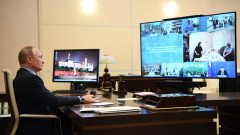 Путин се варди от COVID-19 в резиденцията си чрез специален тунел за дезинфекция