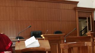 Прокуратурата обвини червен кмет в разгара на кампанията