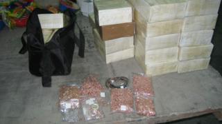 Злато и сребро за над 3 млн.лв. хванаха на Лесово