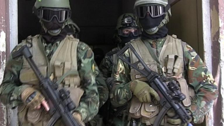 Командоси, военни и спецчасти издирват Росен Ангелов