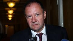 Ръководството на БСП няма да толерира съюз с АБВ,  БДЖ купува нови мотриси, бандата на Черния Роди и групата за убийства на Георгиева са свързани...