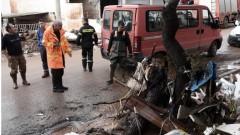 Расте броят на жертвите от потопа в Атина
