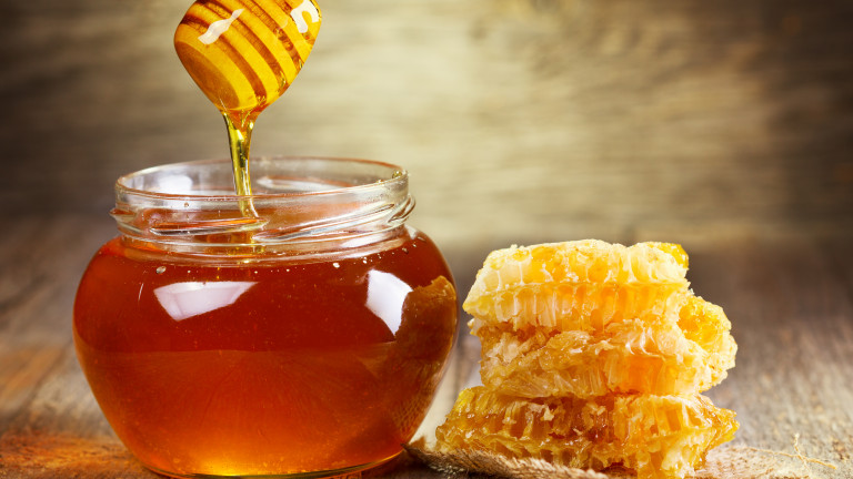 Предлагат медът да е задължителен по схемите за плод и мляко в училищата