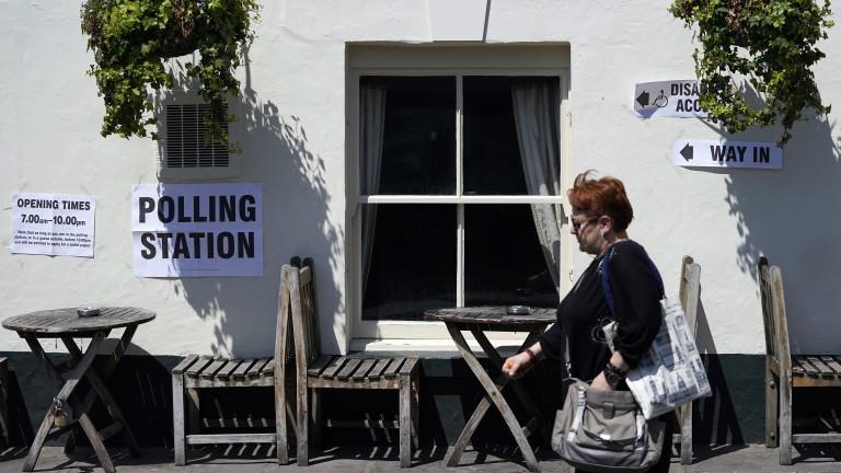 Граждани на ЕС във Великобритания се оплакват, чеса лишени от