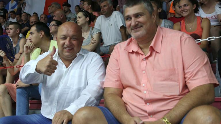 Министърът на младежта и спорта Красен Кралев, който подкрепи състезателите