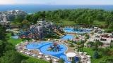 Аквапарк с 32 водни пързалки отвори врати в Поморие