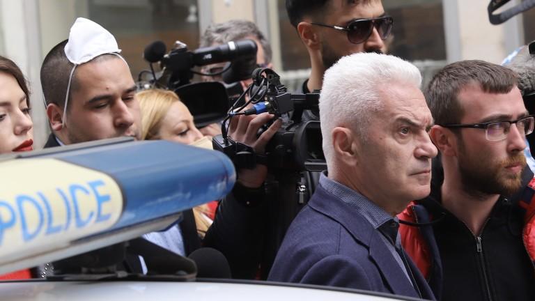 Още две обвинения срещу Волен Сидеров и общо 100 000 лв. гаранция