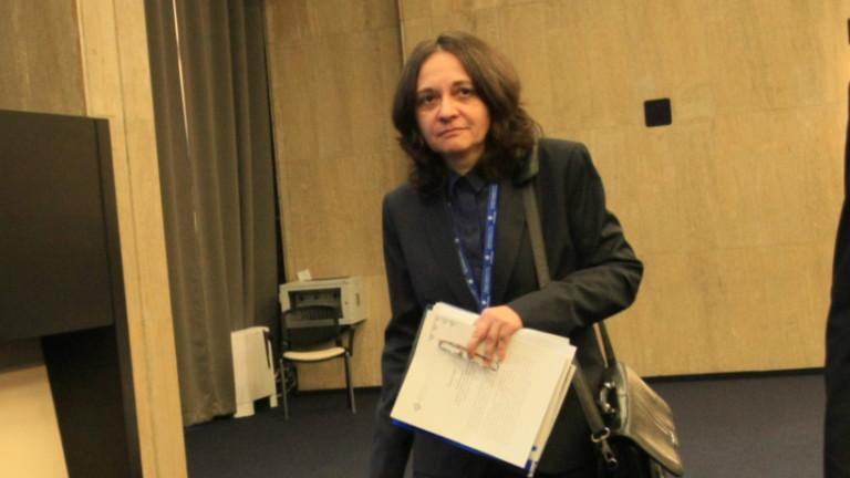 Няма да затварят болниците в Ловеч и Враца, успокоява Начева