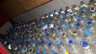 Митничари хванаха 5 тона фалшив алкохол
