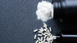 Разкриха незаконен цех за добавки за спортисти