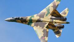 Русия вдигна МиГ-31 и Су-35 срещу два стратегически бомбардировача на САЩ