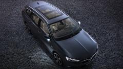 Opel показа новото комби Insignia Sports Tourer (ВИДЕО)