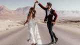 Как се обикаля света със сватбена рокля