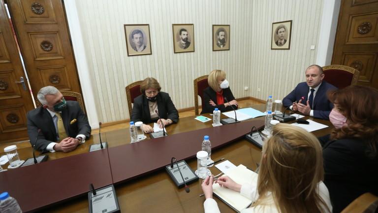 Мая Манолова от коалиция