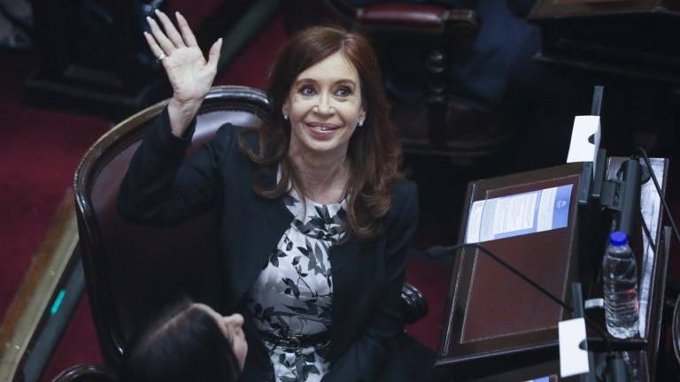 В Аржентина разпоредиха арест за експрезидента Кристина Кирхнер