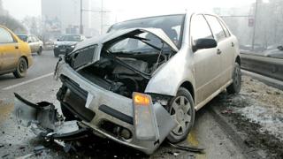 """Катастрофа на """"Цариградско шосе"""" предизвика задръстване"""